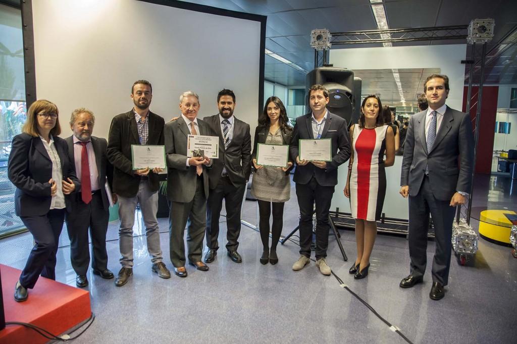 Foto de grupo con los galardonados. Copyright: Fernando Madariaga/IFEMA