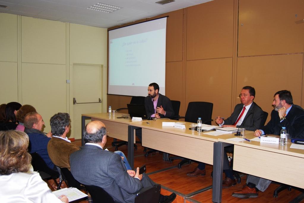 El Vicepresidente de APAE, Miguel Ángel Mainar, durante su intervención en la Jornada Técnica organizada por La Semana Vitivinícola