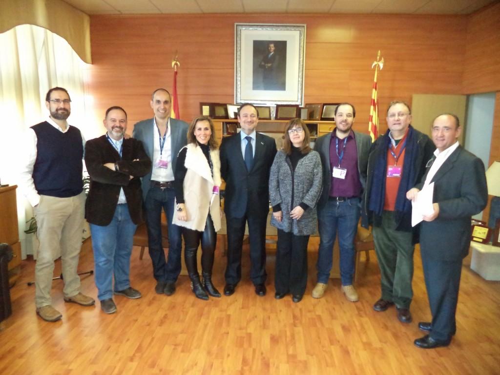 Los miembros de la Junta Directiva de APAE junto al director Comercial y de Marketing de Feria de Zaragoza, Alberto López