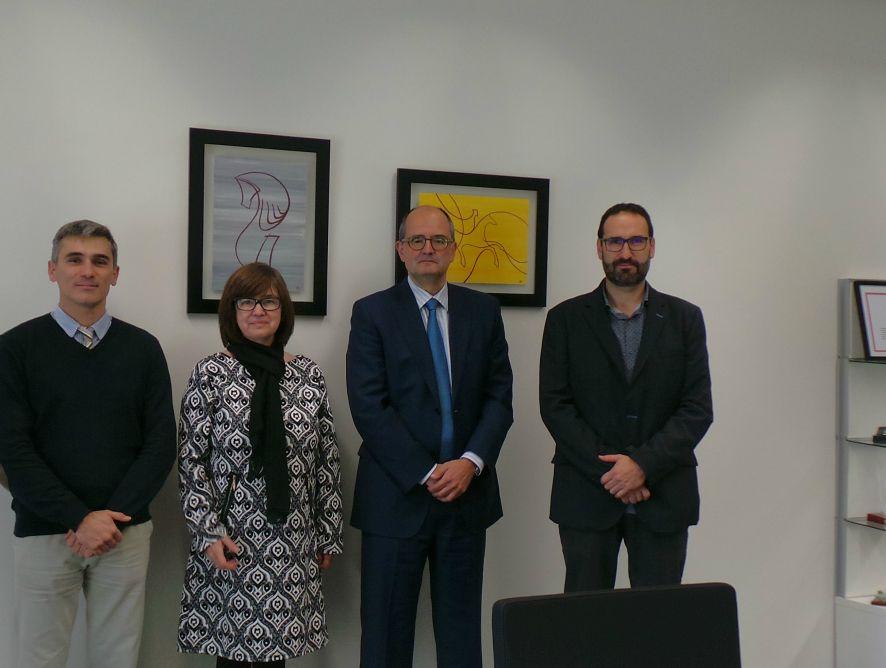 APAE firma un acuerdo con la Universidad San Jorge para lanzar un título de experto en Información y Comunicación Agroalimentaria